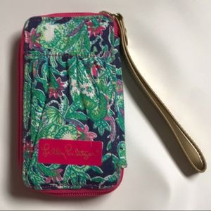 Lilly Pulitzer Carded ID Wristlet in Trunk Show